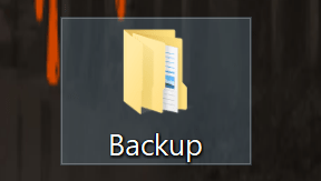 Ecco il tuo Backup. Una semplice cartella che hai intenzione ripristinare in Minecraft... Leggi tutto l'articolo! Ci potrebbero essere complicanze!